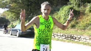 Carmine Piccolo al traguardo della Corsa in Maddalena, Brescia 2 novembre 2014